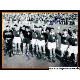 Mannschaftsfoto Fussball | Österreich | 1954 WM + 4 AG (Kollmann, Körner, Schmied, Wagner) Siegerehrung