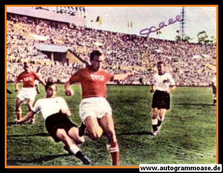 Autogramme Fussball   DFB   1955 Foto   Gerd HARPERS + Hans ECKEL (Spielszene UdSSR)