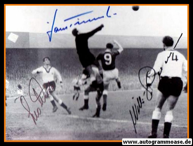 Autogramme Fussball | DFB | 1960 Foto | 3 AG (Giesemann, Tilkowski, Wilden) Nordirland