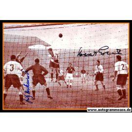 Autogramme Fussball   DFB   1954 Foto   ERHARDT + HARPERS + HERKENRATH (Spielszene SW England)