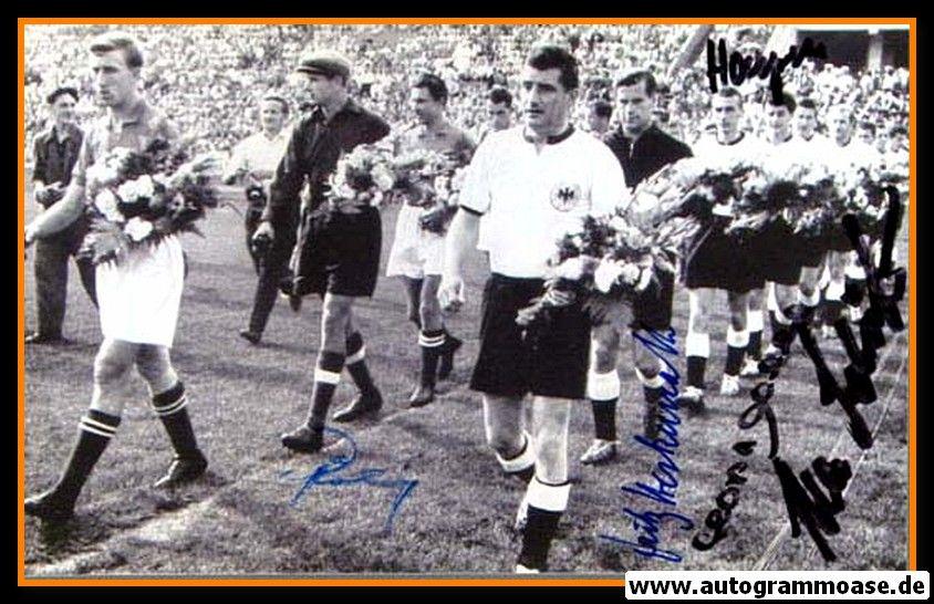 Autogramme Fussball   DFB   1955 Foto   5 AG (Eckel, Harpers, Herkenrath, Röhrig, Schäfer) UdSSR