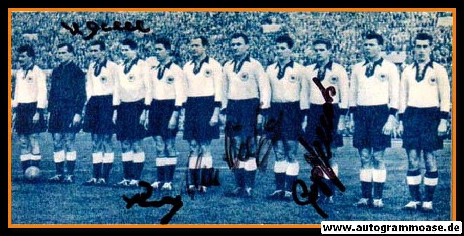 Mannschaftsfoto Fussball   DFB   1955 + 4 AG (Eckel, Röhrig, Schäfer, Stollenwerk) Italien