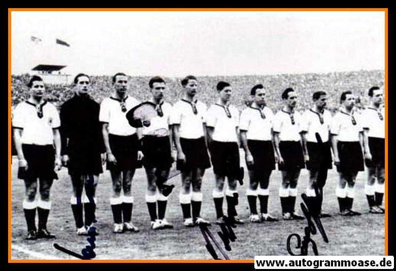 Mannschaftsfoto Fussball   DFB   1957 + 4 AG (Schmidt, Stollenwerk, Szymaniak, Tilkowski) Schottland