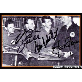 Autogramme Fussball   DFB   1962 WM Foto   3 AG (Haller, Schäfer, Seeler) Gruppenbild