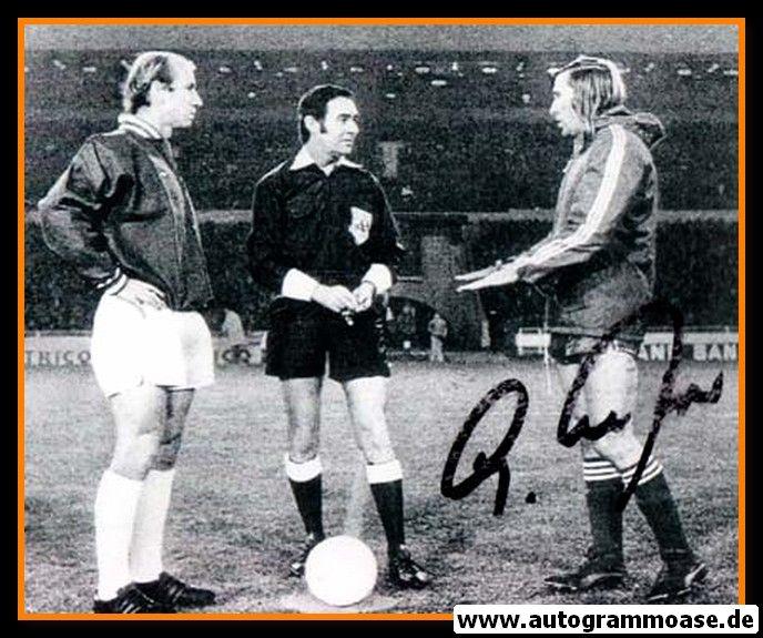 Autogramm Fussball | DFB | 1973 Foto | Günter NETZER (Bobby Charlton SW)
