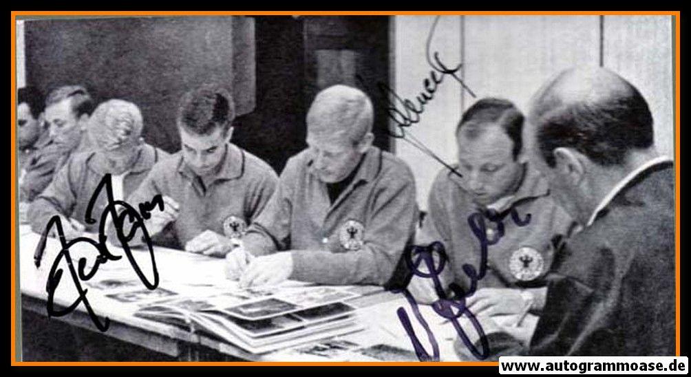 Autogramme Fussball | DFB | 1966 WM Foto | 3 AG (Haller, Schnellinger, Seeler) Autogrammstunde